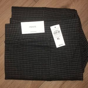 Charcoal houndstooth leggings